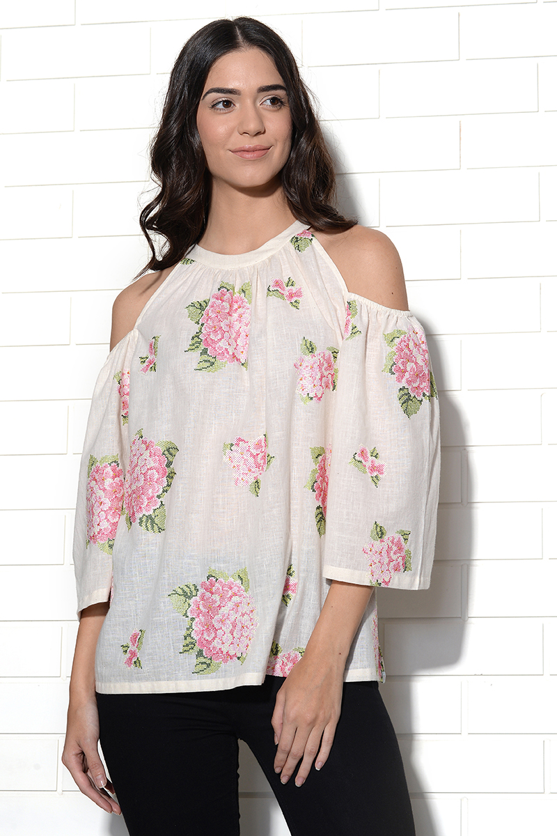 Vanilla strawberry hydrangea embroidered top