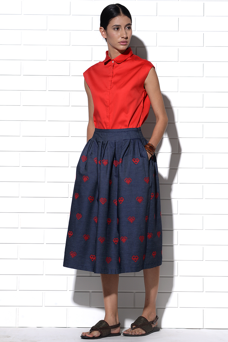 Corfu skirt in blue denim with red hearts embroidery