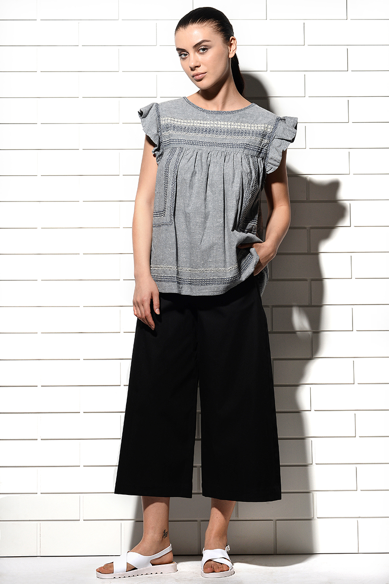 Caliph Wide Leg Cropped Pants Black