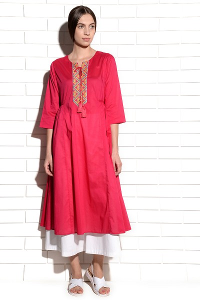 Strawberry Crush Tunic Kurta with embroidery at neck and tassles