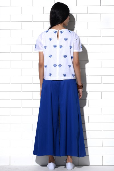 Mykonos Top in white with blue hearts embroidery