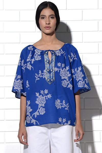 Paros gathered Top in blue with rose embroidery