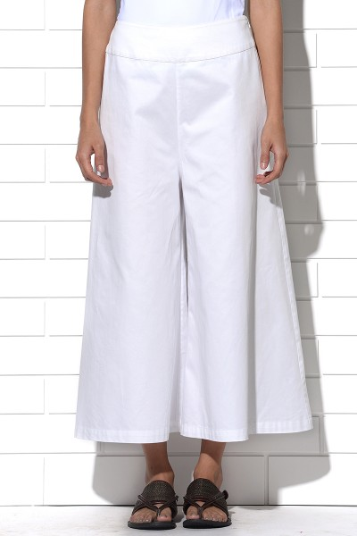 Icaria wide leg pants in white