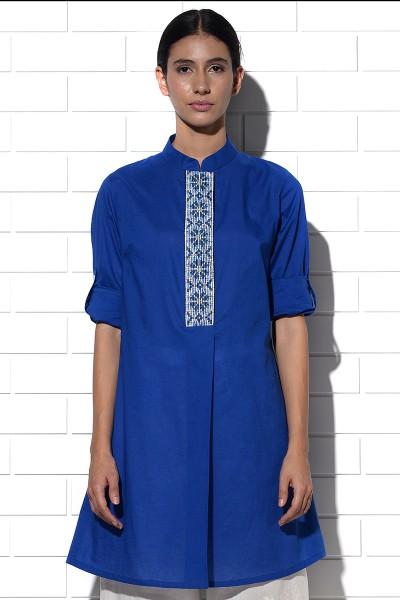Angistri box pleat tunic in blue