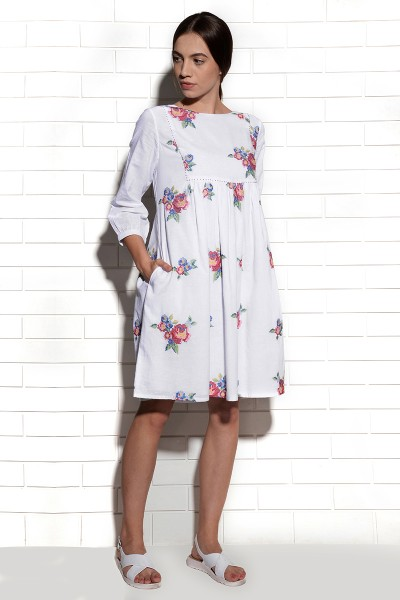 Crete dress in white with multi-rose embroidery